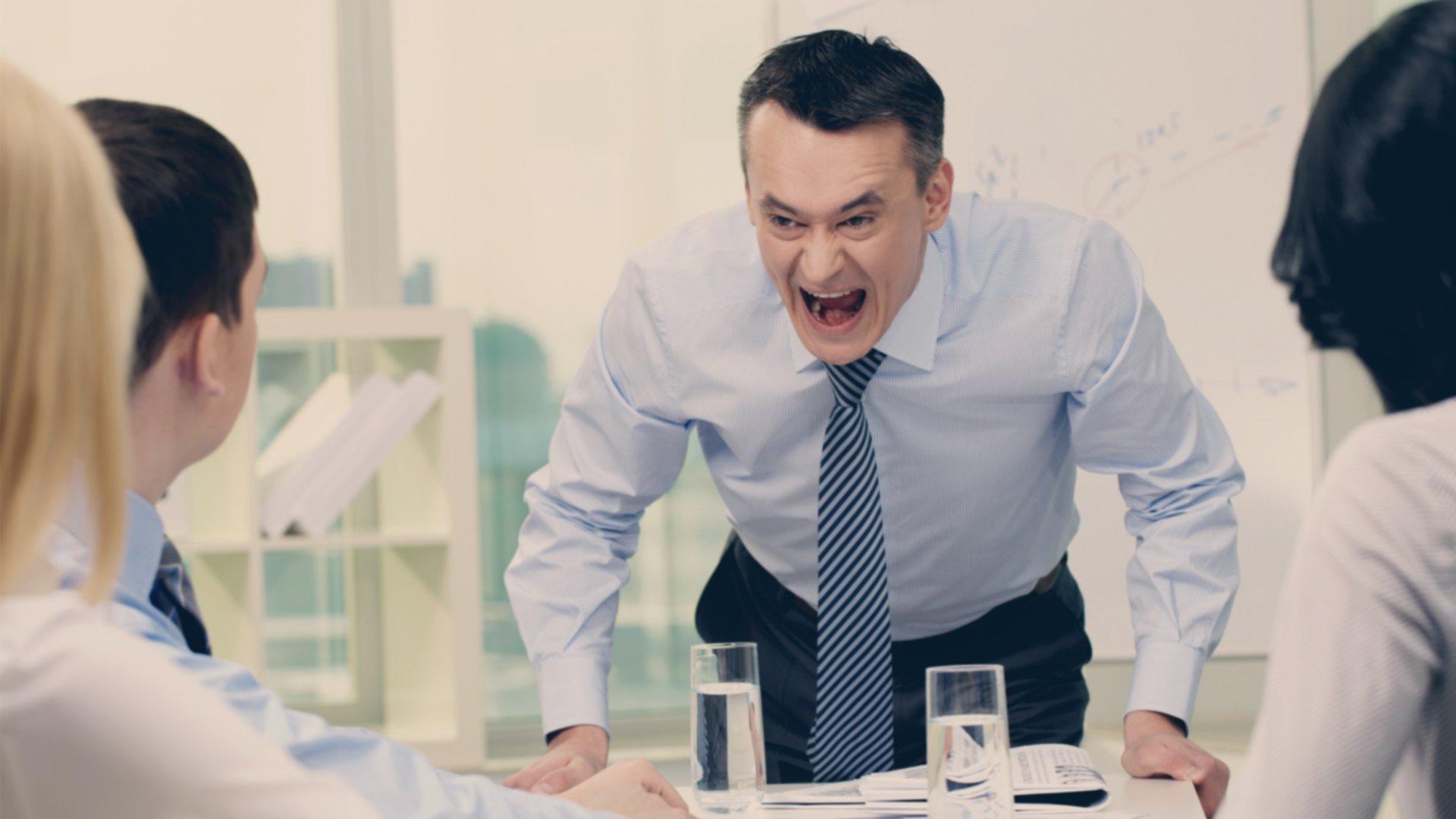 15 Ways to Be a Bad Leader   Teamwork.com High Performance Blog